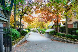 """Main Photo: 30 5880 HAMPTON Place in Vancouver: University VW Townhouse for sale in """"THAMES COURT"""" (Vancouver West)  : MLS®# R2450672"""