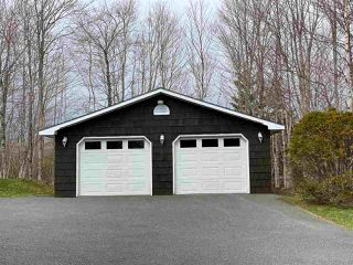 Photo 13: 287 Wildwood Drive in Howie Centre: 202-Sydney River / Coxheath Residential for sale (Cape Breton)  : MLS®# 202007668
