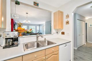 """Photo 12: 423 6707 SOUTHPOINT Drive in Burnaby: South Slope Condo for sale in """"MISSION WOODS"""" (Burnaby South)  : MLS®# R2470852"""