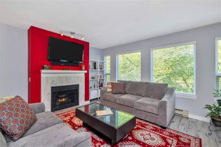 """Photo 1: 423 6707 SOUTHPOINT Drive in Burnaby: South Slope Condo for sale in """"MISSION WOODS"""" (Burnaby South)  : MLS®# R2470852"""