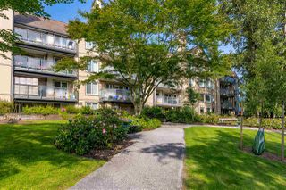 """Photo 30: 423 6707 SOUTHPOINT Drive in Burnaby: South Slope Condo for sale in """"MISSION WOODS"""" (Burnaby South)  : MLS®# R2470852"""