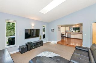 Photo 14: 1012 Elstree Close in Central Saanich: CS Brentwood Bay House for sale : MLS®# 844720