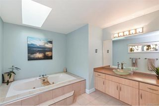 Photo 21: 1012 Elstree Close in Central Saanich: CS Brentwood Bay House for sale : MLS®# 844720