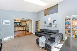 Photo 15: 1012 Elstree Close in Central Saanich: CS Brentwood Bay House for sale : MLS®# 844720