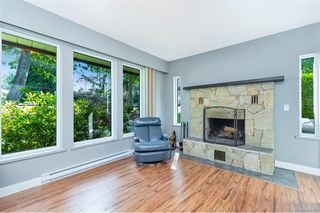 Photo 4: 1012 Elstree Close in Central Saanich: CS Brentwood Bay House for sale : MLS®# 844720
