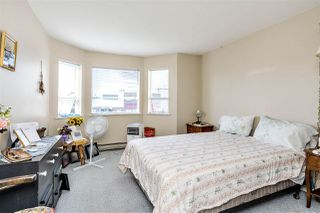 """Photo 7: 215 22661 LOUGHEED Highway in Maple Ridge: East Central Condo for sale in """"Golden Ears Gate"""" : MLS®# R2481686"""