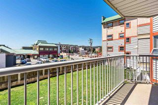 """Photo 13: 215 22661 LOUGHEED Highway in Maple Ridge: East Central Condo for sale in """"Golden Ears Gate"""" : MLS®# R2481686"""