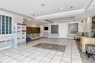 """Photo 16: 215 22661 LOUGHEED Highway in Maple Ridge: East Central Condo for sale in """"Golden Ears Gate"""" : MLS®# R2481686"""