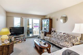 """Photo 2: 215 22661 LOUGHEED Highway in Maple Ridge: East Central Condo for sale in """"Golden Ears Gate"""" : MLS®# R2481686"""
