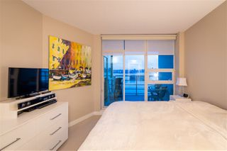 "Photo 19: 1903 138 E ESPLANADE Avenue in North Vancouver: Lower Lonsdale Condo for sale in ""Premiere at the Pier"" : MLS®# R2490556"
