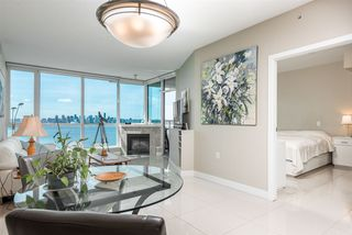 "Photo 8: 1903 138 E ESPLANADE Avenue in North Vancouver: Lower Lonsdale Condo for sale in ""Premiere at the Pier"" : MLS®# R2490556"