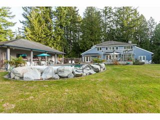 Photo 11: 2027 204A Street in Langley: Brookswood Langley House for sale : MLS®# R2490874