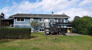 Photo 2: 1843 Centennial Ave in : CV Comox (Town of) House for sale (Comox Valley)  : MLS®# 858126