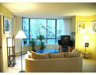 "Photo 4: 201 1675 HORNBY ST in Vancouver: False Creek North Condo for sale in ""SEA WALK SOUTH"" (Vancouver West)  : MLS®# V570024"