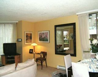 "Photo 3: 201 1675 HORNBY ST in Vancouver: False Creek North Condo for sale in ""SEA WALK SOUTH"" (Vancouver West)  : MLS®# V570024"