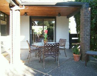 """Photo 2: 4417 BRAKENRIDGE ST in Vancouver: Quilchena House for sale in """"QUILCHENA"""" (Vancouver West)  : MLS®# V576116"""