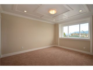 Photo 6: 3732 LINWOOD Street in Burnaby: Burnaby Hospital 1/2 Duplex for sale (Burnaby South)  : MLS®# V896558