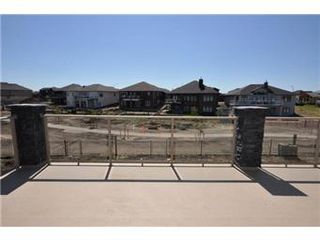 Photo 3: 219 Fleming Crescent in Saskatoon: Willowgrove Single Family Dwelling for sale (Saskatoon Area 01)  : MLS®# 405830