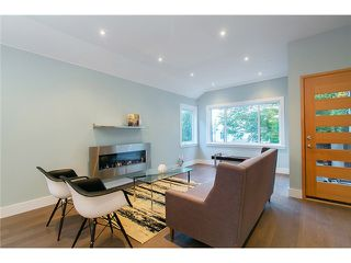 Photo 7: 1630 E 13TH Avenue in Vancouver: Grandview VE House for sale (Vancouver East)  : MLS®# V1032221