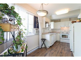 """Photo 8: 405 888 GAUTHIER Avenue in Coquitlam: Coquitlam West Condo for sale in """"LA BRITTANY"""" : MLS®# V1038984"""