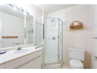 """Photo 10: 405 888 GAUTHIER Avenue in Coquitlam: Coquitlam West Condo for sale in """"LA BRITTANY"""" : MLS®# V1038984"""