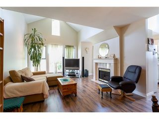 """Photo 3: 405 888 GAUTHIER Avenue in Coquitlam: Coquitlam West Condo for sale in """"LA BRITTANY"""" : MLS®# V1038984"""