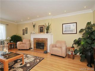Photo 12: 736 Newport Ave in VICTORIA: OB South Oak Bay House for sale (Oak Bay)  : MLS®# 664848