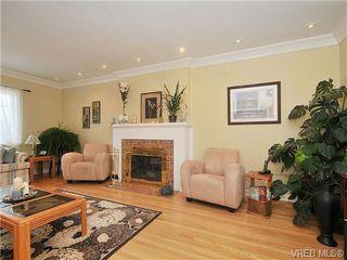 Photo 12: 736 Newport Avenue in VICTORIA: OB South Oak Bay Single Family Detached for sale (Oak Bay)  : MLS®# 334391