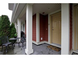 """Photo 2: 20 345 E 33RD Avenue in Vancouver: Main Townhouse for sale in """"WALK TO MAIN"""" (Vancouver East)  : MLS®# V1057045"""