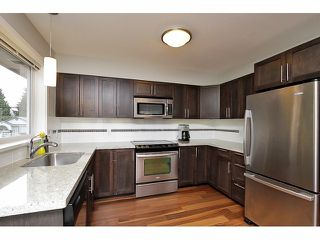 """Photo 8: 20 345 E 33RD Avenue in Vancouver: Main Townhouse for sale in """"WALK TO MAIN"""" (Vancouver East)  : MLS®# V1057045"""