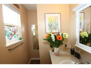 Photo 4: 16284 14 Avenue in Surrey: King George Corridor House for sale (South Surrey White Rock)  : MLS®# F1409065