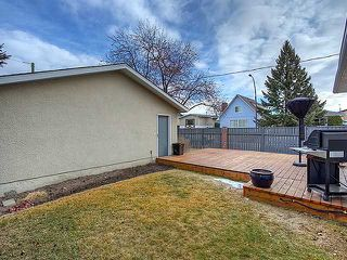 Photo 16: 472 HUNTBOURNE Way NE in Calgary: Huntington Hills Residential Detached Single Family for sale : MLS®# C3651313