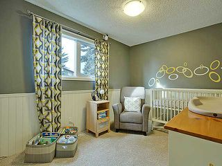 Photo 9: 472 HUNTBOURNE Way NE in Calgary: Huntington Hills Residential Detached Single Family for sale : MLS®# C3651313