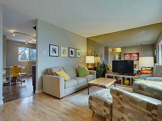 Photo 3: 472 HUNTBOURNE Way NE in Calgary: Huntington Hills Residential Detached Single Family for sale : MLS®# C3651313