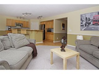 Photo 3: 562 CHAPARRAL Drive SE in Calgary: Chaparral House for sale : MLS®# C4006558