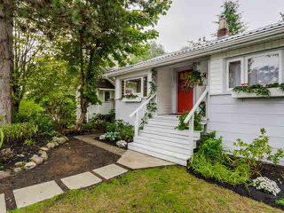 Photo 1: 4312 ATLIN Street in Vancouver: Renfrew Heights House for sale (Vancouver East)  : MLS®# V1142975