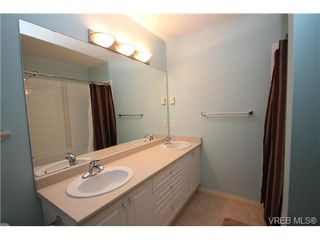 Photo 10: 210 Stoneridge Pl in VICTORIA: VR Hospital Single Family Detached for sale (View Royal)  : MLS®# 718015