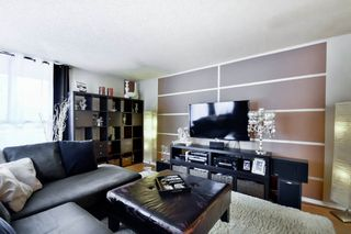 Photo 2: 502 3755 BARTLETT Court in Burnaby: Sullivan Heights Condo for sale (Burnaby North)  : MLS®# R2048011