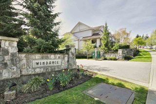 """Photo 3: 15 2351 PARKWAY Boulevard in Coquitlam: Westwood Plateau Townhouse for sale in """"WINDANCE"""" : MLS®# R2059226"""