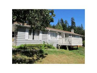 Photo 1: 5412 LAWSON Road in Sechelt: Sechelt District House for sale (Sunshine Coast)  : MLS®# R2072929