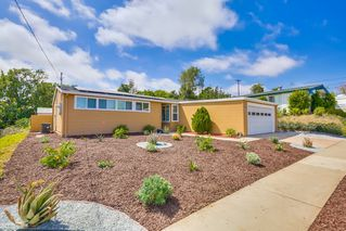 Photo 2: SERRA MESA House for sale : 3 bedrooms : 2142 Cardinal Drive in San Diego