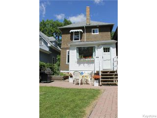 Photo 3: 676 Beresford Avenue in Winnipeg: Manitoba Other Residential for sale : MLS®# 1616613