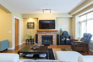 "Photo 3: 120 20738 84 Avenue in Langley: Willoughby Heights Townhouse for sale in ""YORKSON CREEK"" : MLS®# R2099143"