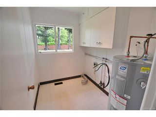 Photo 10: 730 Kelly Road in VICTORIA: Co Hatley Park Single Family Detached for sale (Colwood)  : MLS®# 372532