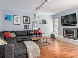 Photo 2: 3364 HENRY Street in Port Moody: Port Moody Centre House for sale : MLS®# R2144951