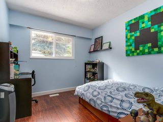 Photo 11: 3364 HENRY Street in Port Moody: Port Moody Centre House for sale : MLS®# R2144951