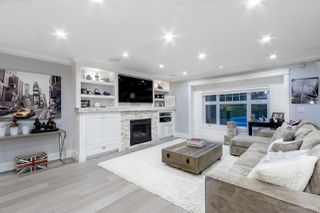 Photo 2: 1660 CHARLAND Avenue in Coquitlam: Central Coquitlam House for sale : MLS®# R2148202
