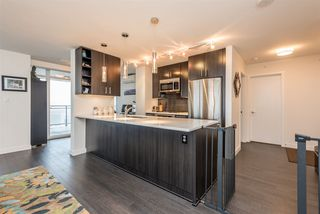 """Photo 6: 2401 608 BELMONT Street in New Westminster: Uptown NW Condo for sale in """"VICEROY """"BY BOSA"""""""" : MLS®# R2159779"""
