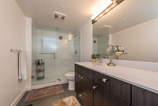 """Photo 14: 2401 608 BELMONT Street in New Westminster: Uptown NW Condo for sale in """"VICEROY """"BY BOSA"""""""" : MLS®# R2159779"""