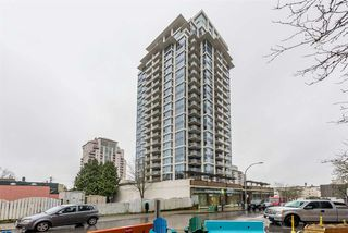 """Photo 1: 2401 608 BELMONT Street in New Westminster: Uptown NW Condo for sale in """"VICEROY """"BY BOSA"""""""" : MLS®# R2159779"""